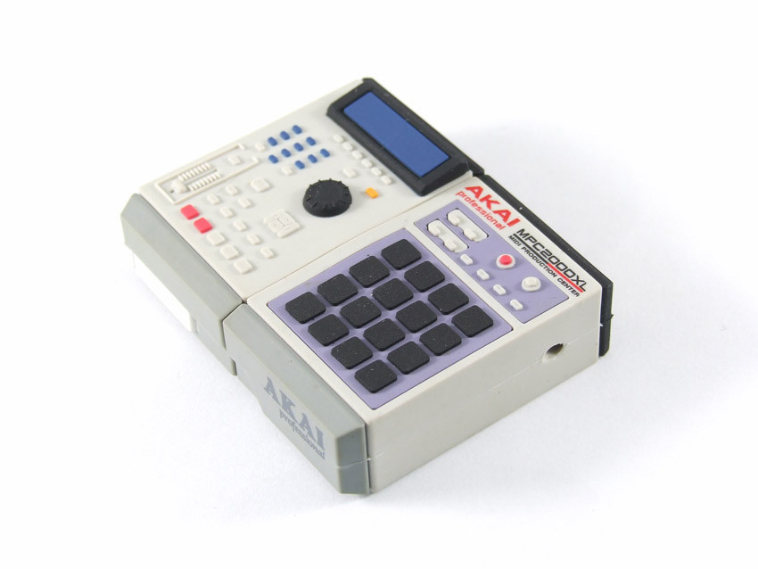 mpc2000-usb-flash-drive